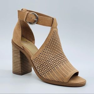 New Marc Fisher LTD Vixen Suede Ankle Strap Sandal